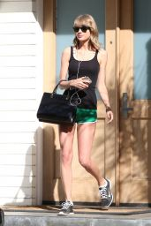 Taylor Swift  Leggy in Shorts - at Her Mom