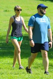 Taylor Swift - Out for a Hike in Beverly Hills, March 2015