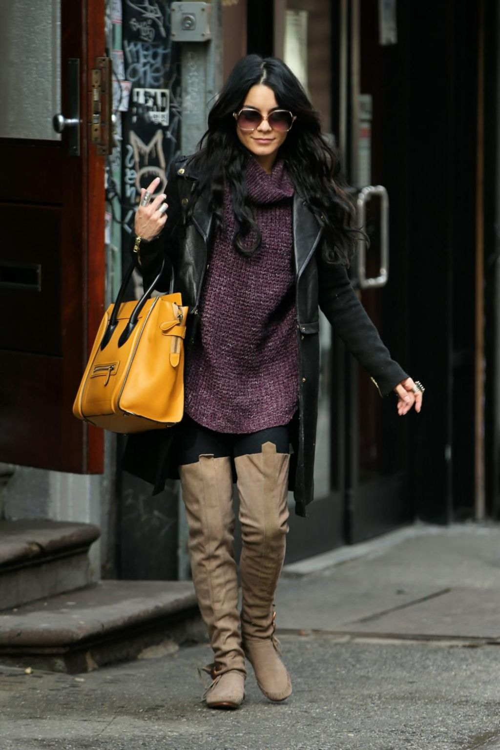Vanessa Hudgens Casual Style Leaves Breakfast In New York City March 2015