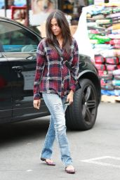 Zoe Saldana Street Style - Out in Los Angeles, March 2015