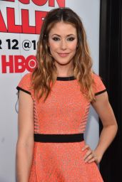 Amanda Crew - Silicon Valley Season 2 Premiere in Hollywood