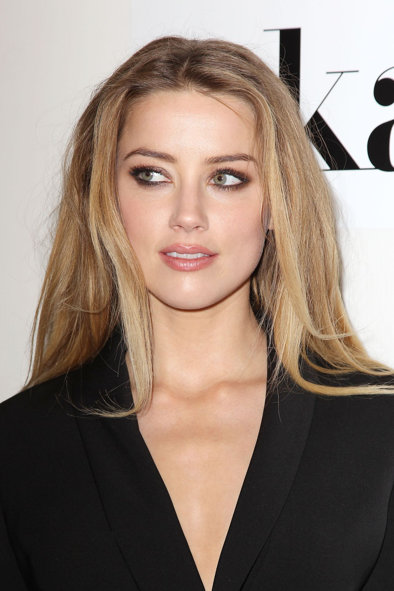 image Amber heard in the informers