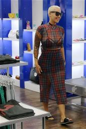 Amber Rose - Shopping in Los Angeles, April 2015