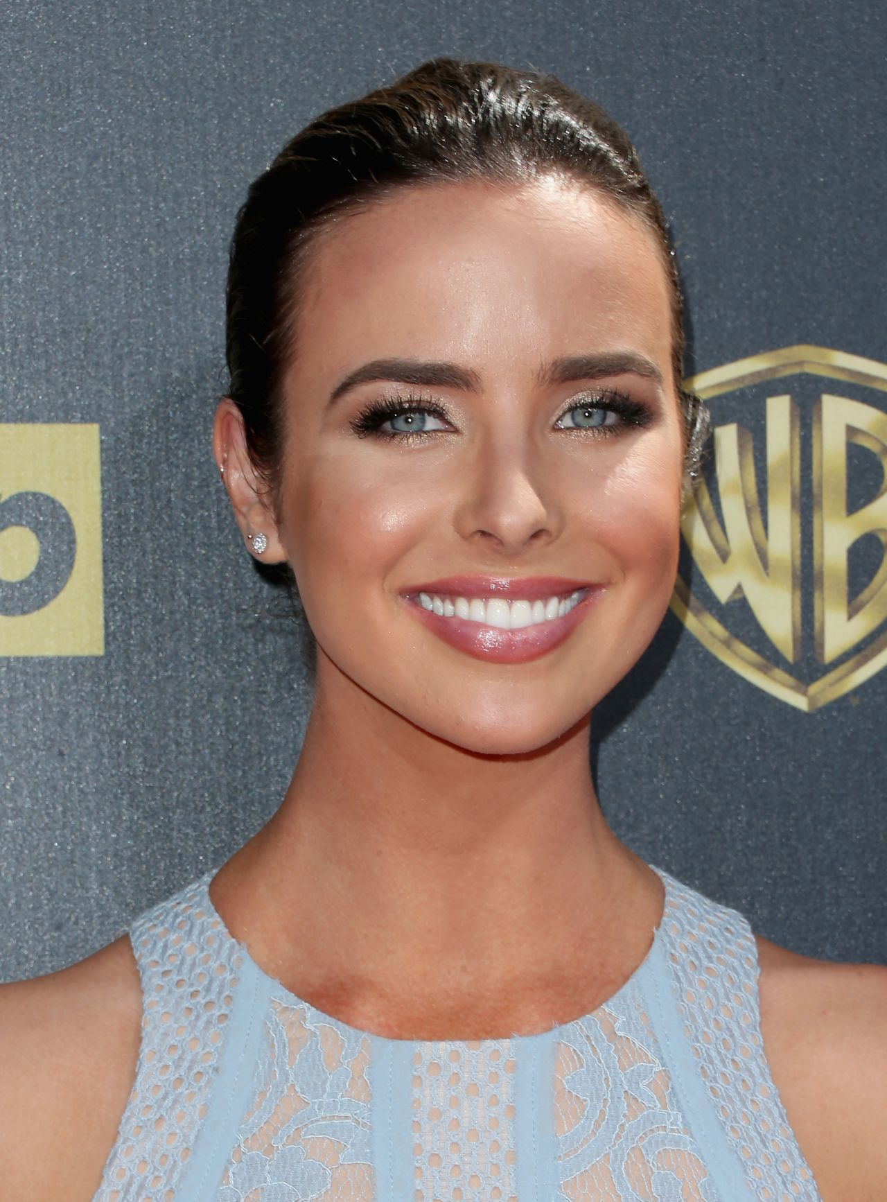 ashleigh brewer pictures