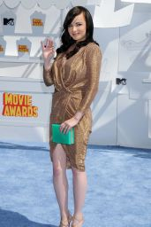 Ashley Rickards – 2015 MTV Movie Awards in Los Angeles