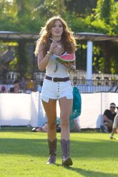 Bella Thorne – 2015 Coachella Music Festival, Day 2, Empire Polo Grounds, Indio