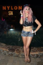 Bonnie McKee – NYLON Midnight Garden Party in Bermuda Dunes