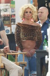 Britney Spears - Films music video for