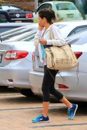 Brooke Burke - Leaving SoulCycle in Malibu, April 2015