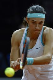 Caroline Garcia -2015 Porsche Tennis Grand Prix in Stuttgart – Day 2