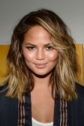 Chrissy Teigen – VH1 Big Morning Buzz in New York City, March 2015