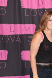 Demi Lovato - Meet & Greet & Backstage in Perth, Australia, April 2015