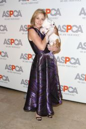 Edie Falco – 2015 ASPCA Bergh Bal in New York