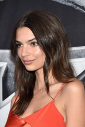 Emily Ratajkowski - BKB 2 Big Knockout Boxing in Las Vegas, April 2015