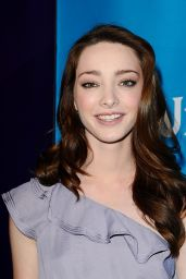 Emma Dumont - NBCUniversal Summer Press Day in Pasadena