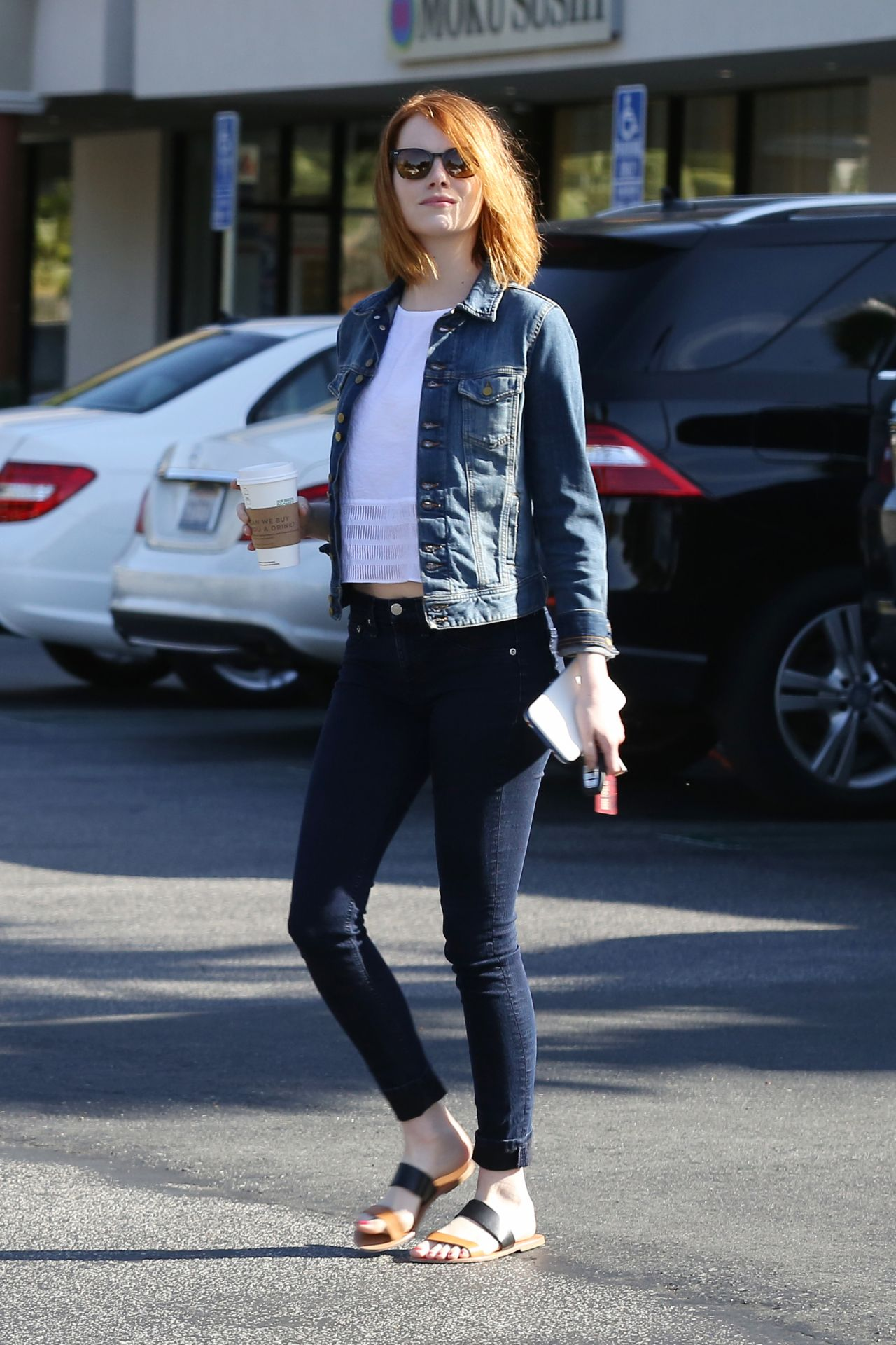 emma stone in tight jeans out in brentwood april 2015