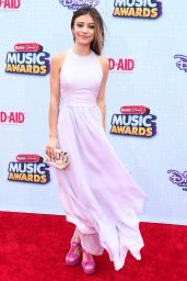 Genevieve Hannelius – 2015 Radio Disney Music Awards in Los Angeles