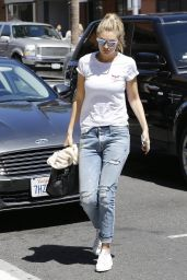 Gigi Hadid in Ripped Jeans - Out in Beverly Hills, April 2015