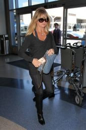 Goldie Hawn at LAX Airport, April 2015