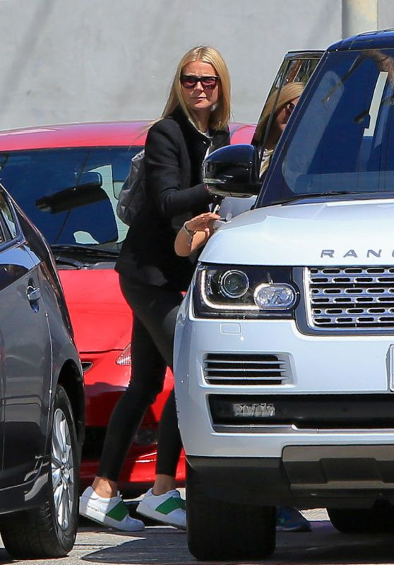 Gwyneth Paltrow Casual Style - Leaving Gracias Madre in West Hollywood, April 2015