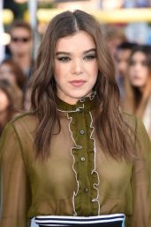 Hailee Steinfeld – 2015 MTV Movie Awards in Los Angeles