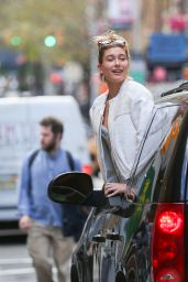 Hailey Baldwin - Hanging Out of the Back of an SUV in Soho, New York City, April 2015