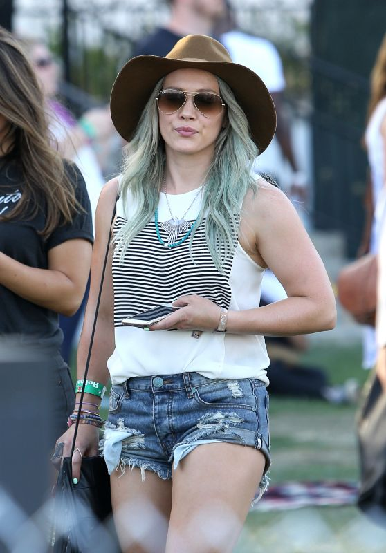 Hilary Duff - 2015 Coachella Music Festival, Day 2, Empire Polo Grounds, Indio