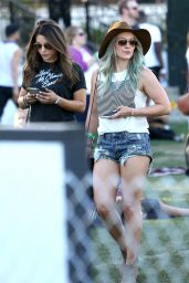 Hilary Duff - 2015 Coachella Music Festival, Day 2, Empire Polo Grounds, Indio