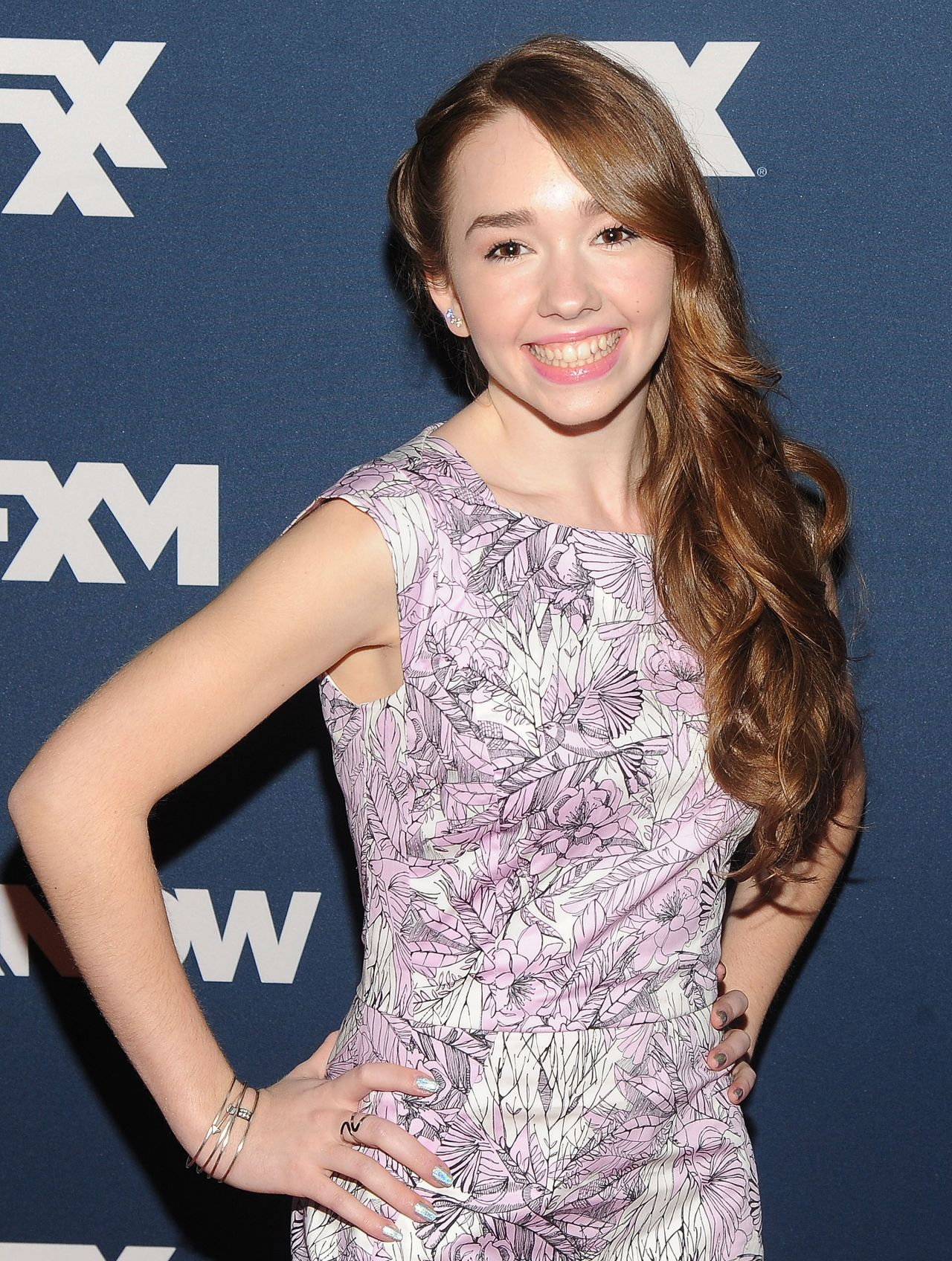 holly taylor images