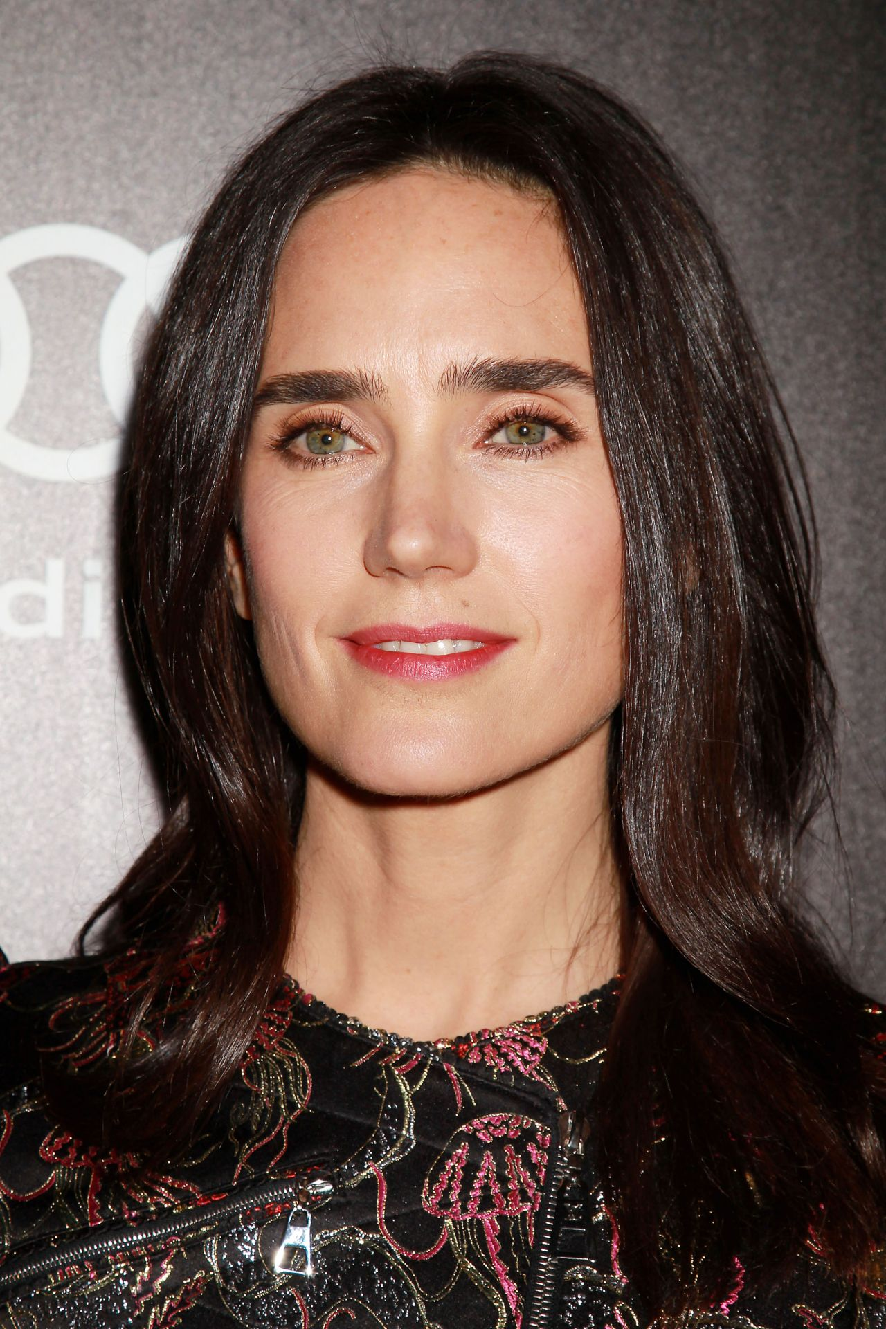Jennifer Connelly - Av...