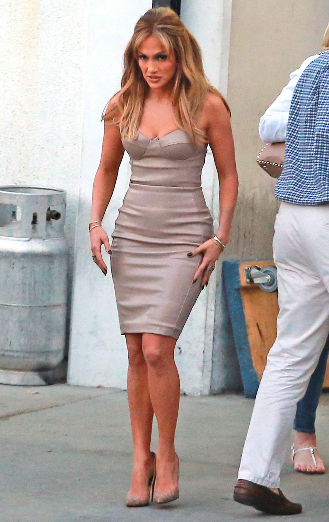 Jennifer Lopez At The American Idol Studio In West