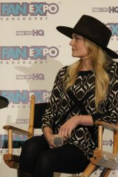 Jennifer Morrison - 2015 Fan Expo in Vancouver