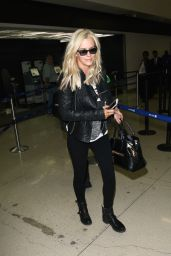 Jenny McCarthy at LAX Airport, April 2015