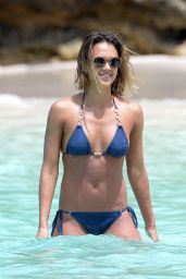 Jessica Alba Bikini Pics – in the Caribbean, April 2015