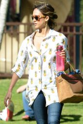 Jessica Alba - Family Day at the Coldwater Canyon Park in Beverly Hills - April 2015