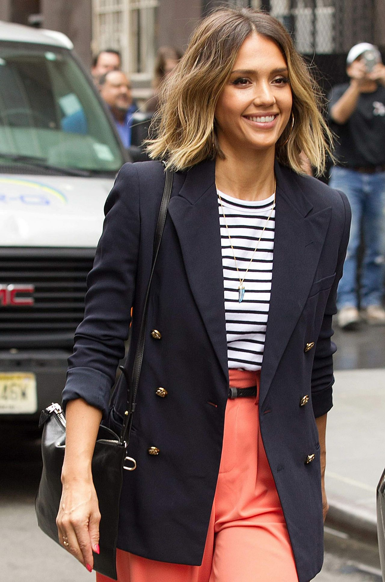 Jessica Alba Leaving Her Hotel In New York City April 2015