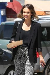 Jessica Alba - Out for Lunch in Venice, April 2015