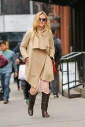 Julia Stiles Casual Style - Out in New York City, April 2015