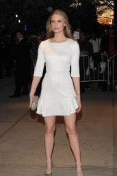Julie Henderson – Avengers: Age of Ultron Screening in New York City
