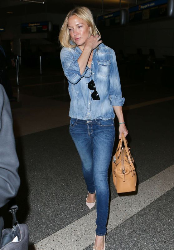 Kate Hudson in Jeans at LAX Airport, April 2015