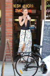 Kate Hudson Style - Out in Brentwood - April 2015