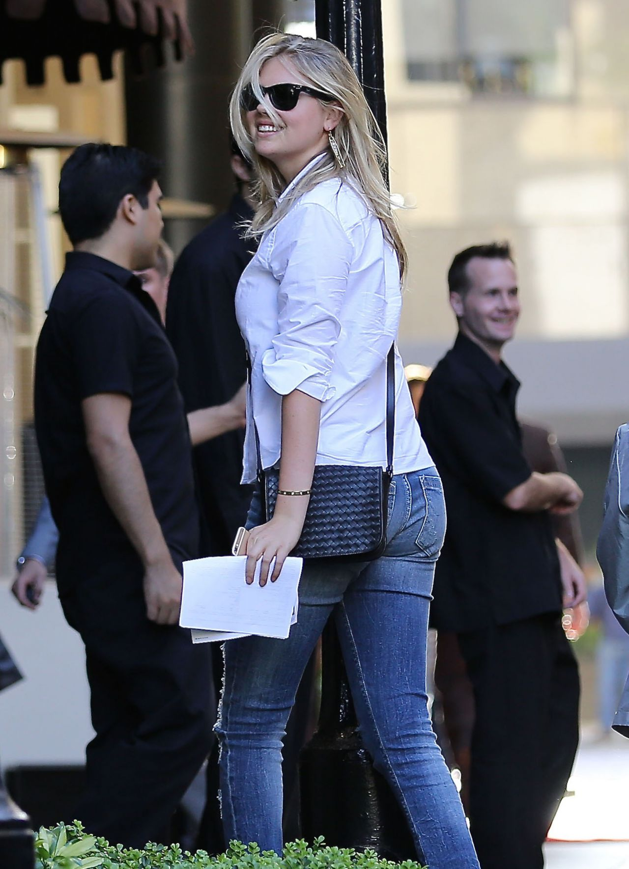 Kate upton out in beverly hills new pics