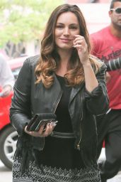 Kelly Brook - Arrives at a Meeting at the Chatteau Marmont in West Hollywood, April 2015