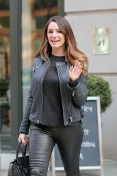 Kelly Brook Casual Style - Leaving Her Hotel in New York City, April 2015