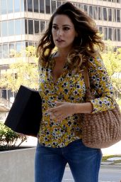 Kelly Brook in Tight Jeans - Out in LA, April 2015