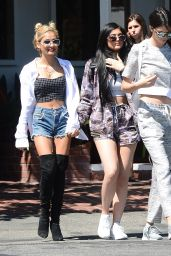 Kendall and Kylie Jenner - Out For Lunch in Los Angeles, April 2015