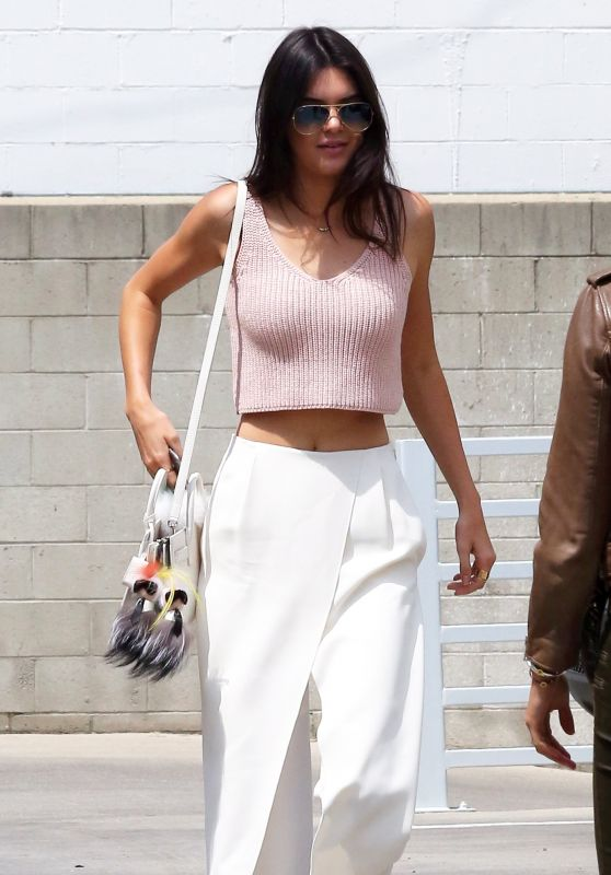 Kendall Jenner Casual Style – Out in LA, April 2015
