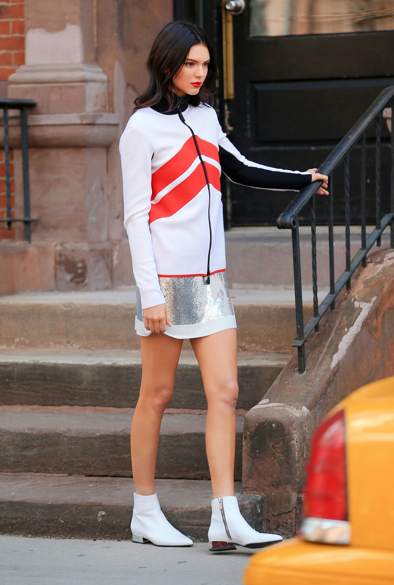 Kendall Jenner in Spandex - Leaving a Yoga Studio in
