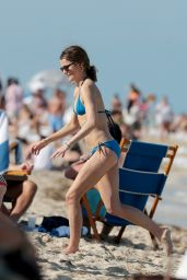Keri Russell Bikini Candids at a Beach in Miami, April 2015