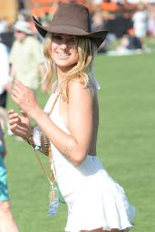 Kimberley Garner – 2015 Coachella Valley Music and Arts Festival in Indio